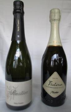 two proseccos