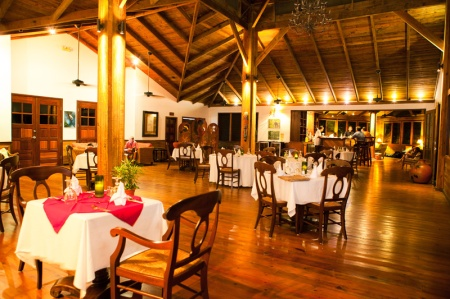 Dining Room at Pico Bonito Lodge